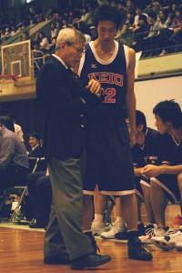 06年リーグ最終戦にて当時1年生の田上。佐々木HCに怒られ続けたその2年後、慶大のインカレ優勝に彼が大きく貢献することになる。