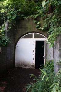 日吉台大地下壕の入り口