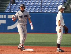 主将としてチームを牽引した漆畑哲也。積極的な打撃で打線の起爆剤となった。