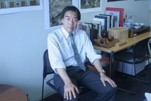 授業のコーディネーターを務める西川准教授
