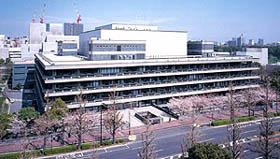 永田町の一角を担う国立国会図書館