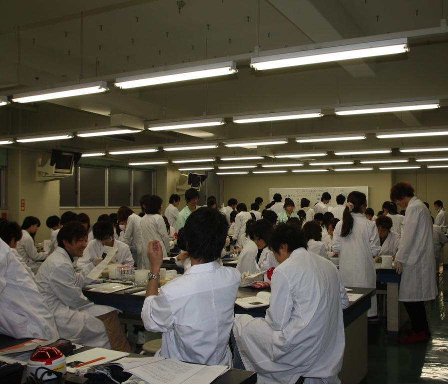 薬学部教室風景