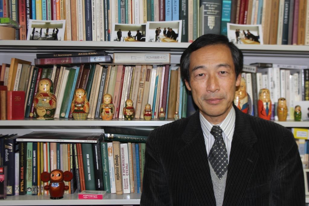 金田一教授