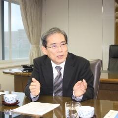 東大総長 サムネ