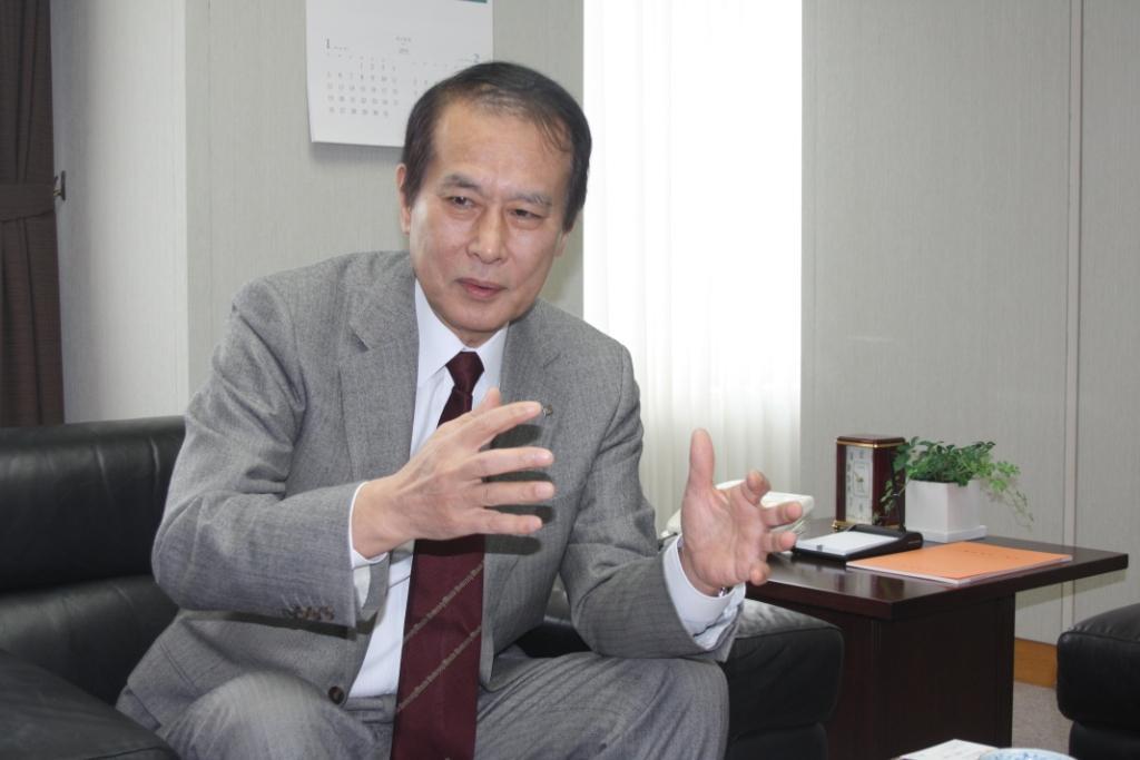 早稲田大学総長 鎌田薫氏