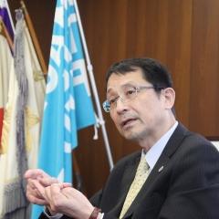 筑波大学長サムネ