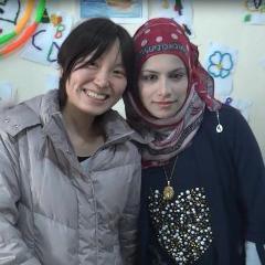 シリア難民の子と