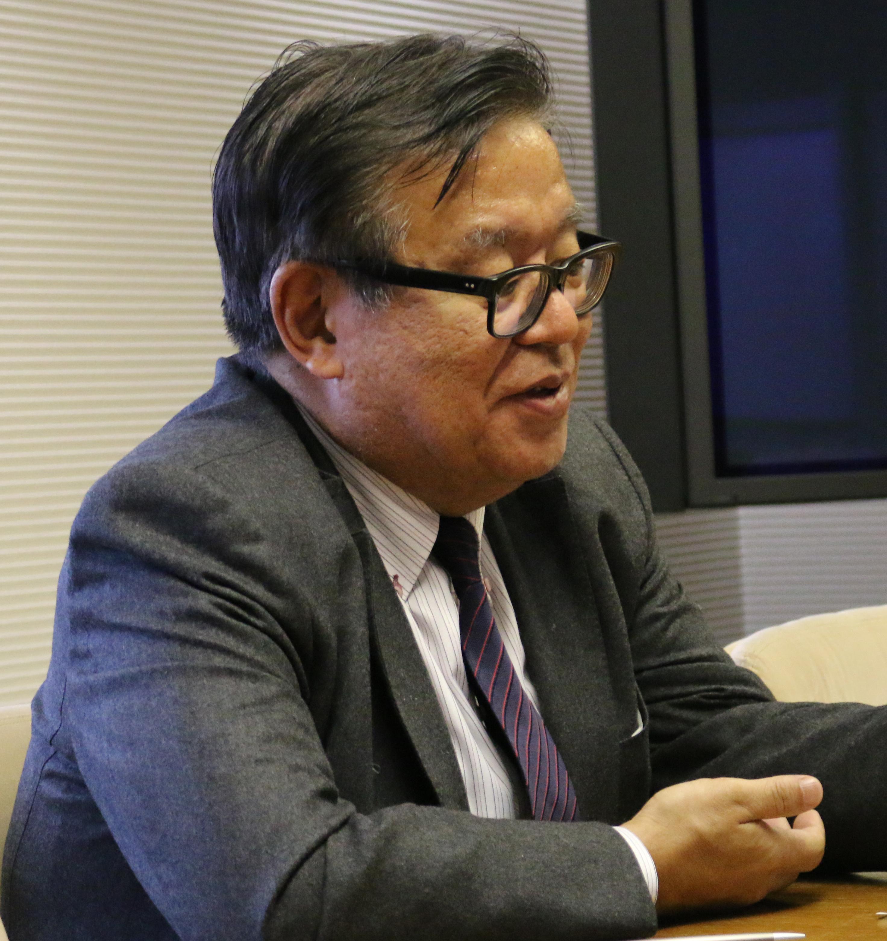 情報入試について語る環境情報学部長の村井純氏