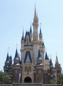 東京ディズニーランドのシンボル シンデレラ城