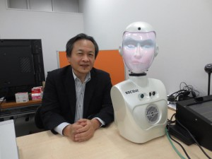 「AIと人間の差別化がカギ」と話す山口教授