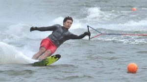 提供 : 慶應義塾体育会水上スキー部