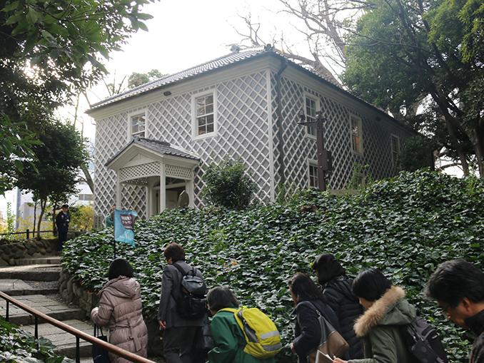慶大と三田の名建築 建築に刻まれた歴史を体感